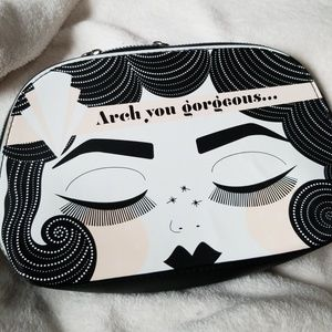 Benefit 2018 Brows Dome Cosmetic Bag